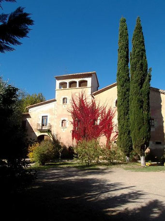 Das alte Adelshaus, das das Museo Raset beherbergt