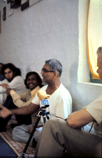 Jan.1975 - Mandali Hall, Meherazad - John (right ) recording Eruch ; photo A.Zois