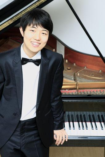 Jin Jeon - Konzertpianist und Klavierpädagoge in Frankfurt