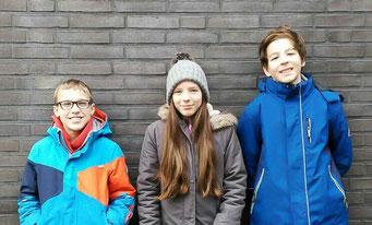 Drei Schüler der ohr M Musikschule Hamburg, die das Hörspiel erfunden und produziert haben