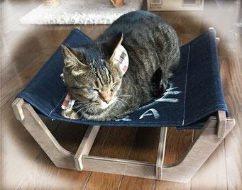 かわいい猫ハンモック風ベッド