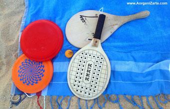 juegos para la playa como palas y frizby - www.AorganiZarte.com