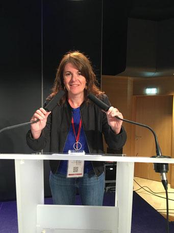 Julie EHRET lors du congrès des associations de chiens guides d'aveugles en 2019