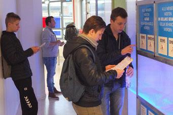 Interaktives Demokratie-Lernen bei ProDemos (Foto: Jörg Wild)