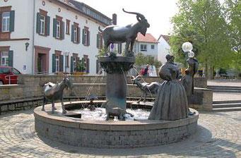 Der Geißbock-Brunnen in Deidesheim erinnert an den Lambrechter Weidevertrag.