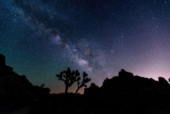 満天の星空のイメージ写真です。