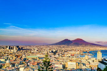 Neapel, Napoli, Italien, Die Traumreiser, Vesuv, Überblick, Stadt
