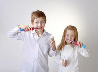 Elektrische Zahnbürste Kinder, Zähneputzen macht Spaß