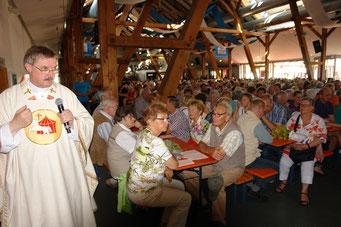 Archivbilder vom Gottesdienst beim Volksfest 2016, Fotos: Franz Janka