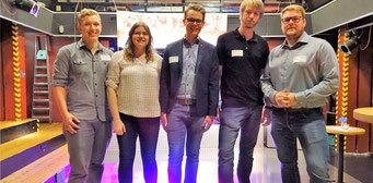 """Organisatoren des ersten """"Tags der Jugendarbeit"""" in Buxtehude: Ole Schuster (von links), Anna Bundt, Niels Kohlhaase, Malte Jenett und Achim Biesenbach vom Stadtjugendring. Foto Lepél (Tageblatt)"""