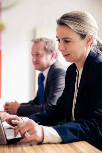 Fachanwälte für Arbeitsrecht in Düsseldorf, RA Sabine Riese und RA André H. Tüffers