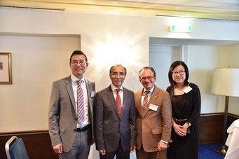 von links nach rechts: Botschaftsrat Gao Xingle, SE Botschafter Li Xiaosi, Prof. Dr. Georg Zanger und Janet Mo