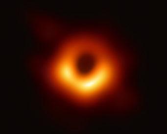 世界で初めて撮影されたブラックホール