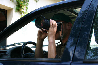 Detektive beobachten diskret und unauffällig