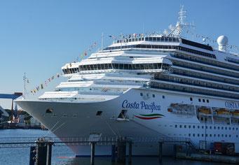 Costa Pacifica im Hafen von Kiel // © PORT OF KIEL