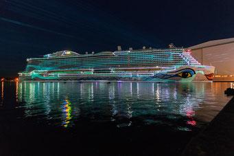 AIDAnova Lichtinszenierung // © AIDA Cruises