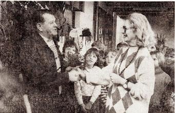 Hausmeister Ehlerts Abschiedsfeier im Februar 1993 (Foto Haitz)