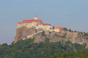 Riegersburg hoch oben auf dem Felsen