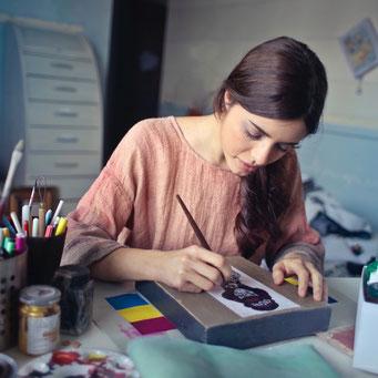 Mädchen malt deine stärken teenager geburtstag persönliche geschenke