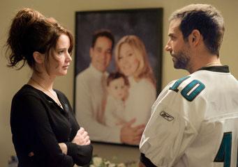 Jennifer Lawrence et Bradley Cooper (© StudioCanal)
