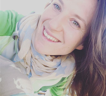 "Sarah Ege: Gastlehrerin im Rahmen von ""Core-Yoga"""