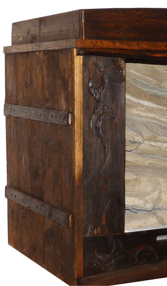 Wüstenterrarium Vollholz *rustikal* mit Schnitzerei