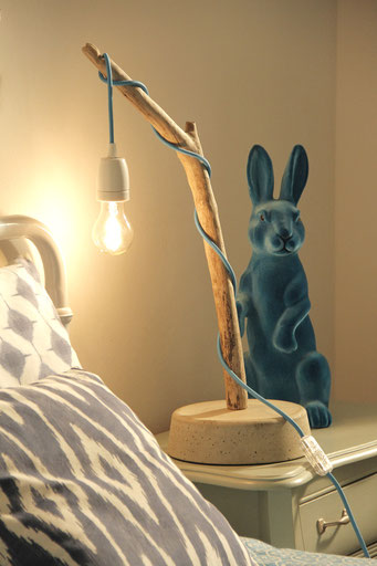 Robin Woods Lamp S