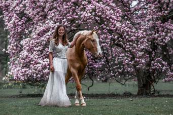 Blütenshooting Pferdefotografie
