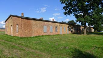 Ansicht der ehemaligen Lagerküche von Süden. Foto: Andreas Ehresmann, 25.8.2014