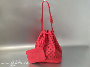 Louis Vuitton & Sofia Coppola Flore Noe in Corail