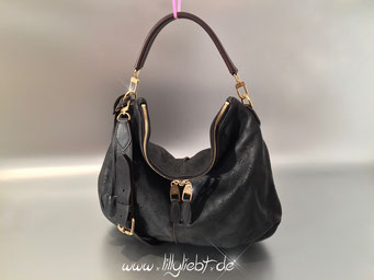 Louis Vuitton Mahina Selene MM in Schwarz