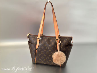 Louis Vuitton Monogram Canvas Totally PM