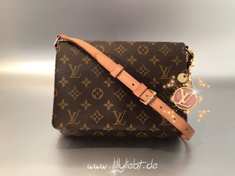 Louis Vuitton Monogram Canvas Musette Tango, Louis Vuitton LV Circle Taschenschmuck