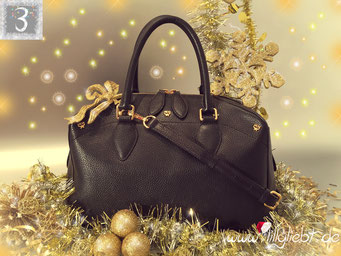 MCM First Lady Boston Bag in Schwarz