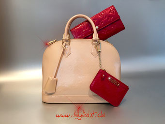 Louis Vuitton Monogram Vernis Alma PM in Rose Florentine, Louis Vuitton Monogram Vernis Sarah & Schlüsseletui in Pomme D'Amour