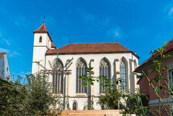 Leechkirche von der Zinsendorfgasse aus gesehen.