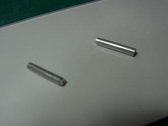 排気管はプレーンなパイプでしたがディーノの特徴的な排気管に追加加工します。