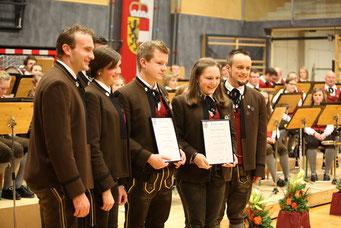 Cäciliakonzert 2016 - Johann Pichler jun. und Simone Hirnsperger erhielten das silberne Leistungsabzeichen