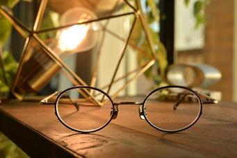 フレーム:VioRou Tak 税抜36,000円 レンズ:Ito Lens アクロライト1.60内面非球面レンズ 税抜17,000円 仕上がり価格 税抜53,000円