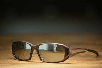 Zeque by ZEAL OPTICS Vanq X D-1762 BROWN・GOLD 税抜14,000円