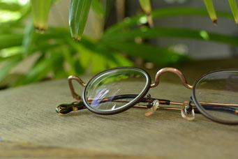 フレーム:VioRou Schie 税抜31,000円 レンズ:Ito Lens 1.74両面非球面レンズ 税抜22,000円(税抜)→サービス価格:税抜15,000円 仕上がり価格 税抜46,000円