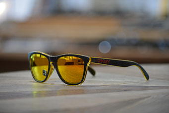 FROGSKINS (フロッグスキン) GRIPS COLLECTION  MATTE BLACK・FIRE IRIDIUM 税抜¥18,000円