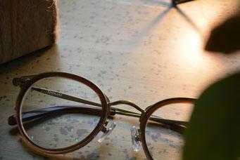 NEW. THOMAS C-3  税抜12,000円  レンズ:HOYA 1.60薄型非球面レンズ 税抜8,000円→サービス3,000円   仕上り価格 税抜15,000円