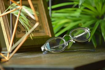 NEW. Stewart C-Gray  税抜12,000円  レンズ:HOYA 1.60薄型非球面レンズ 税抜8,000円→サービス3,000円   仕上り価格 税抜150,000円