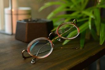 フレーム:VioRou Nao 税抜37,000円 レンズ:Nikon 1.67 遠近両用薄型レンズ 税抜15,000円 仕上がり価格 税抜52,000円