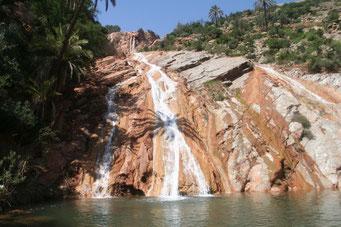 Bilderbuchwasserfall mit Badebecken ... unterhalb von Cascade de Imouzzer