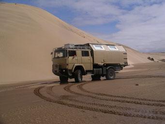 37 km Strandpiste am *Plage Blanche* .... nichts außer Meer, Strand und hohe Dünen