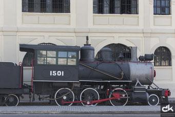 Alte Eisenbahn in der Nähe vom Bahnhof
