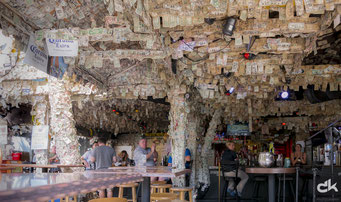 Kurioses Pub