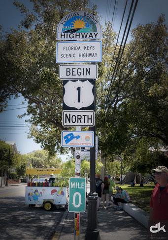 Strassenschild - hier beginnt das Strassennetz in den Norden der USA